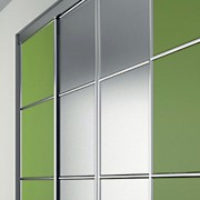 Aries-Closet-Door-,-Green-and-Silver-CSD-17-1