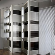 Aries-bi—fold-black-and-white-closet-door-008-1