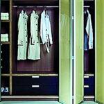 Aries-bi—fold-green-closet-door-009